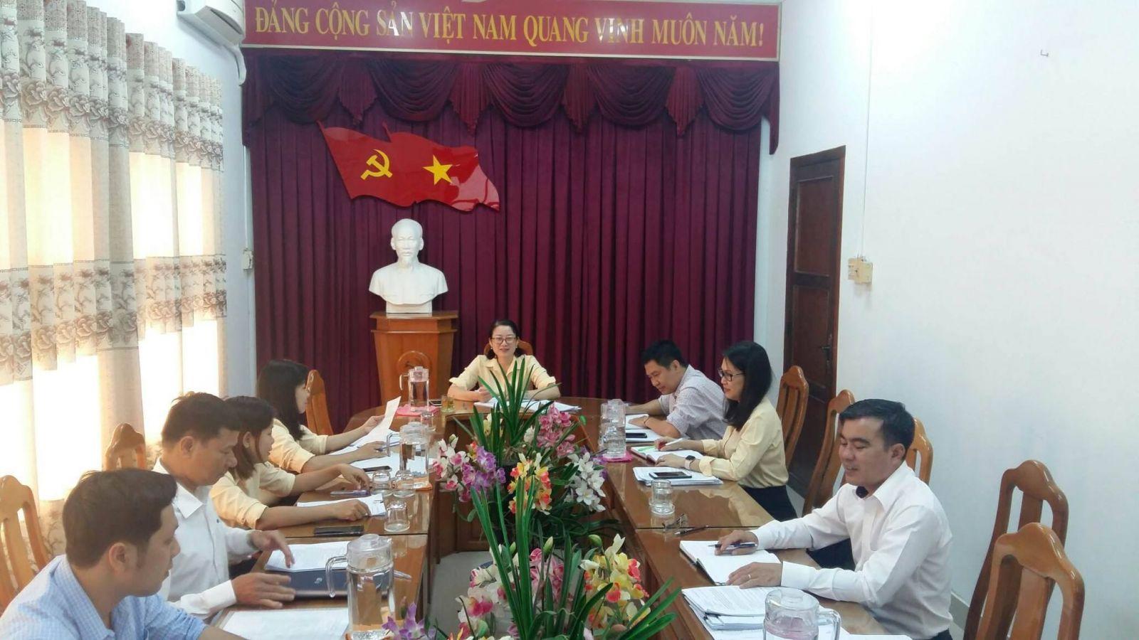 Hình Ban Thường vụ Đảng ủy Khối cơ quan và doanh nghiêp tỉnh họp thường kỳ tháng 11/2020
