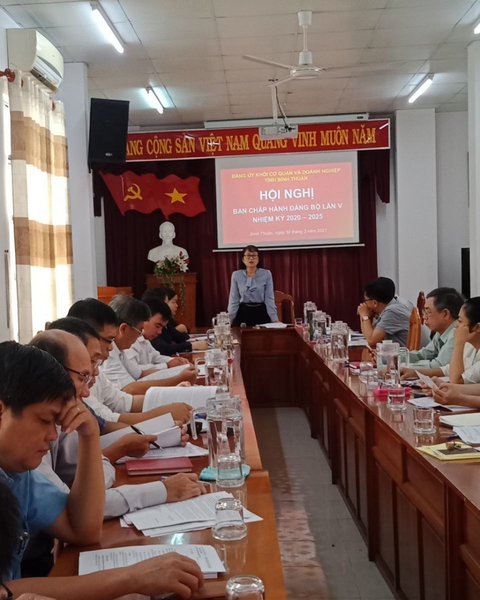 Hình Hội nghị Ban Chấp hành Đảng bộ Khối cơ quan và doanh nghiệp tỉnh lần thứ 5, nhiệm kỳ 2020-2025