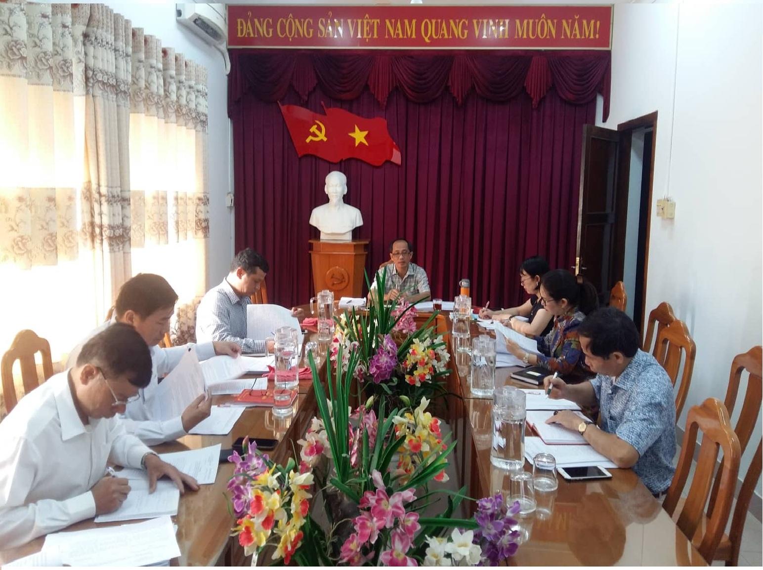 Hình Ban Thường vụ Đảng ủy Khối cơ quan và doanh nghiệp tỉnh họp thường kỳ tháng 01/2020