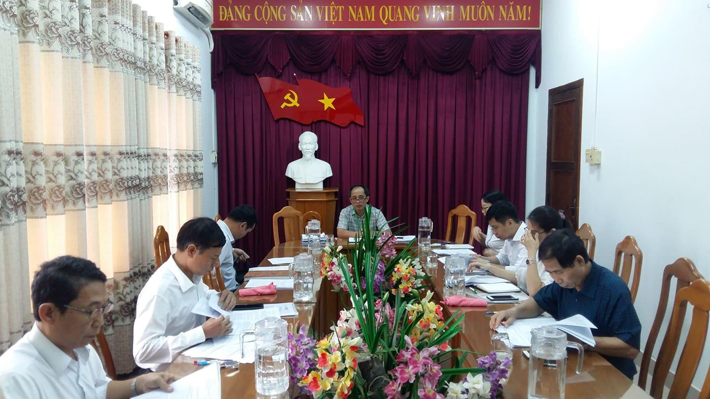 Hình Ban Thường vụ Đảng ủy Khối cơ quan và doanh nghiệp tỉnh họp thường kỳ tháng 5/2020