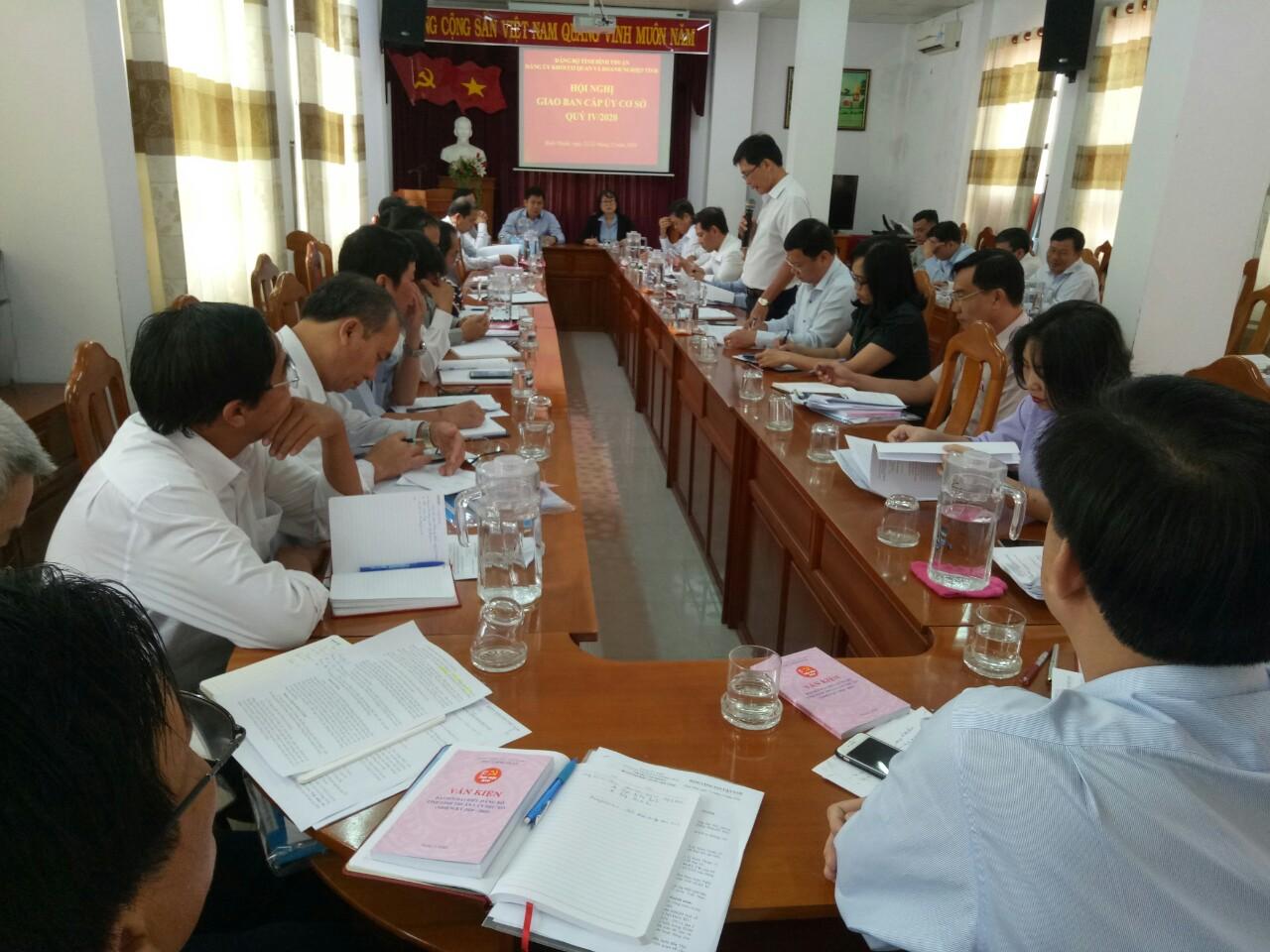 Hình Hội nghị giao ban cấp ủy cơ sở quý IV/2020