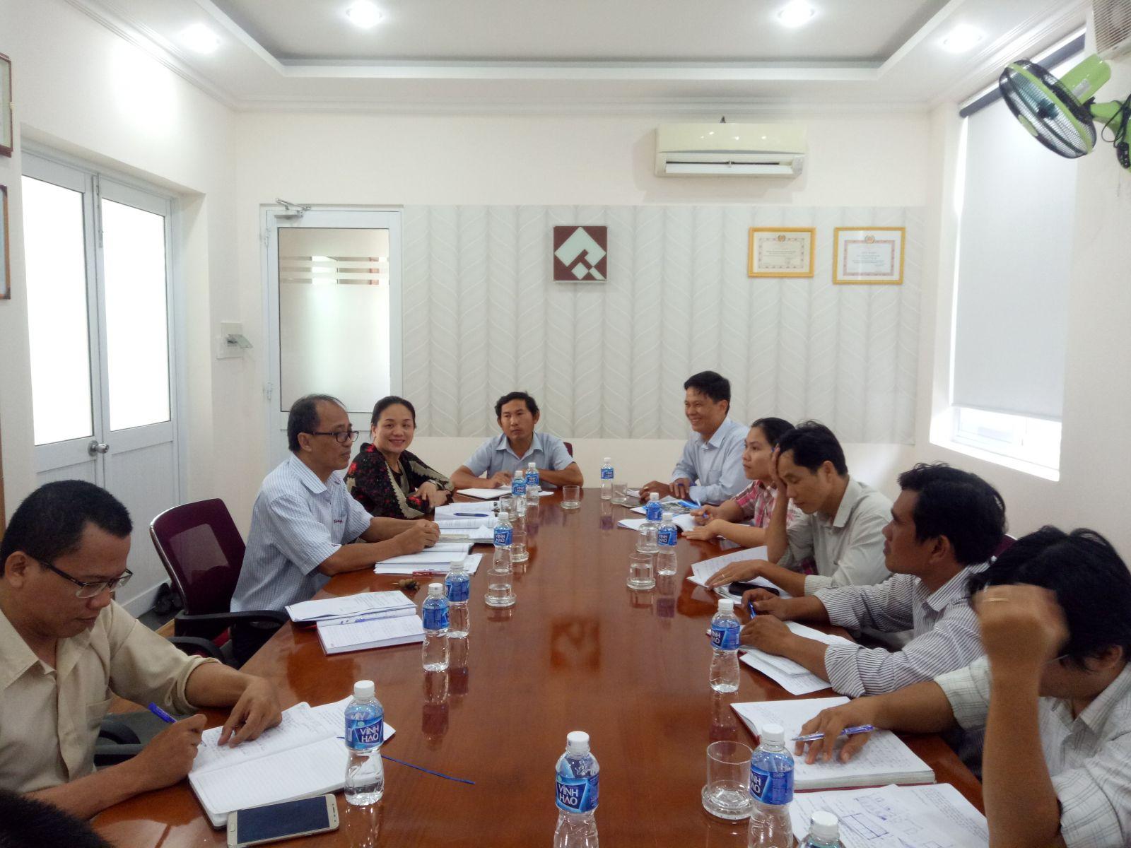 Hình Chi bộ Viện Quy hoạch xây dựng sinh hoạt chi bộ tháng 8/2019