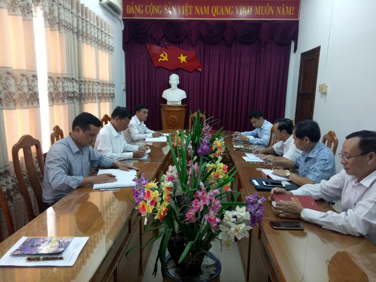 Hình Giao ban Thường trực và lãnh đạo các ban,  Văn phòng Đảng ủy, đoàn thể Khối tháng 7/2019