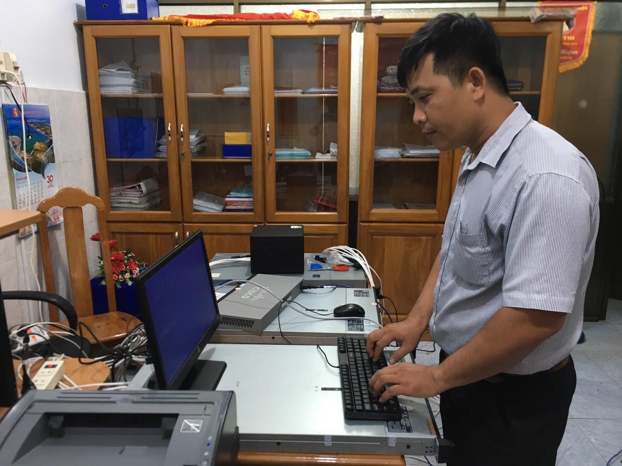 Hình Ứng dụng công nghệ thông tin trong hoạt động quản lý công tác Đảng của Đảng ủy Khối cơ quan và doanh nghiệp tỉnh Bình Thuận
